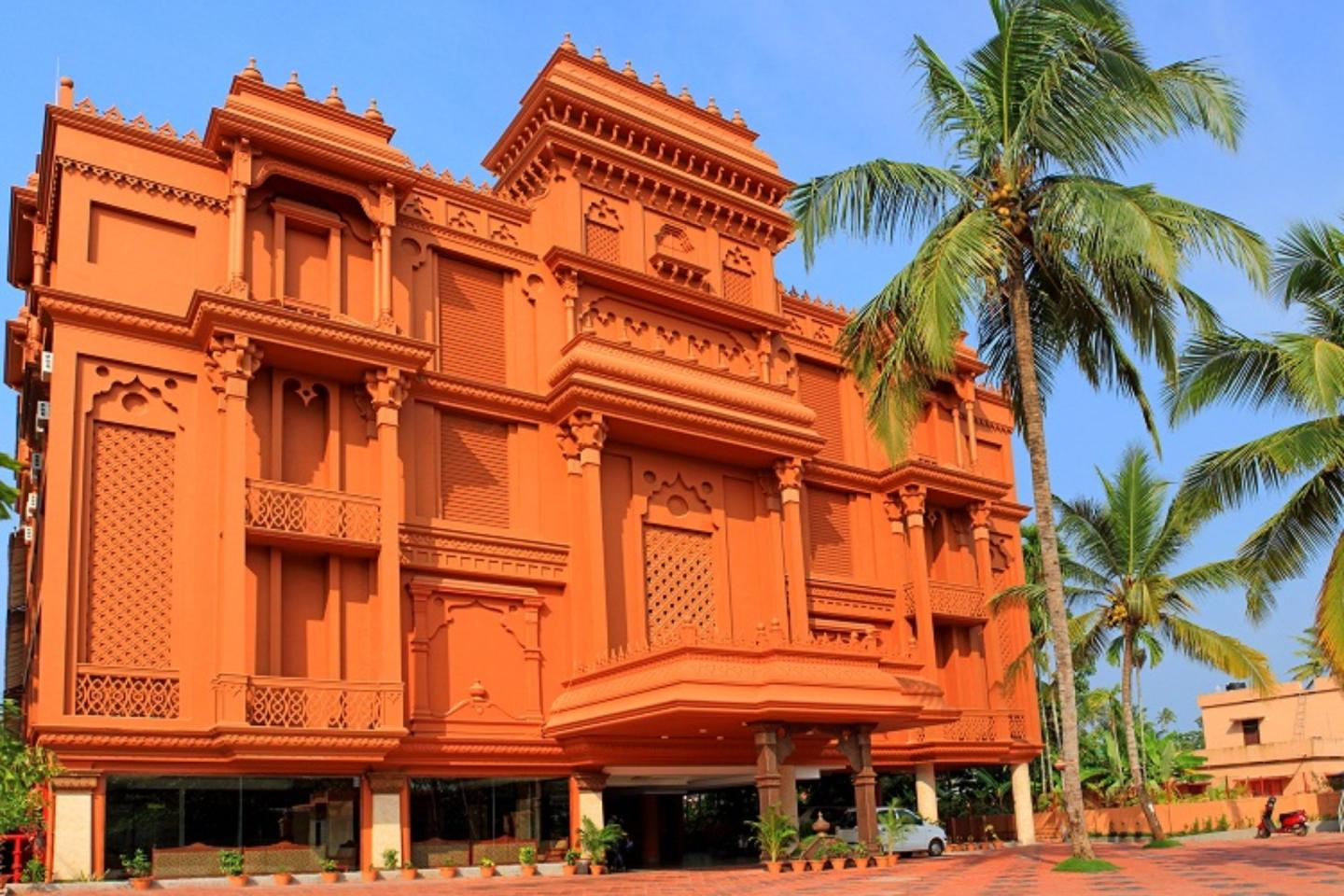 Country holidays Inn and suites Alleppey