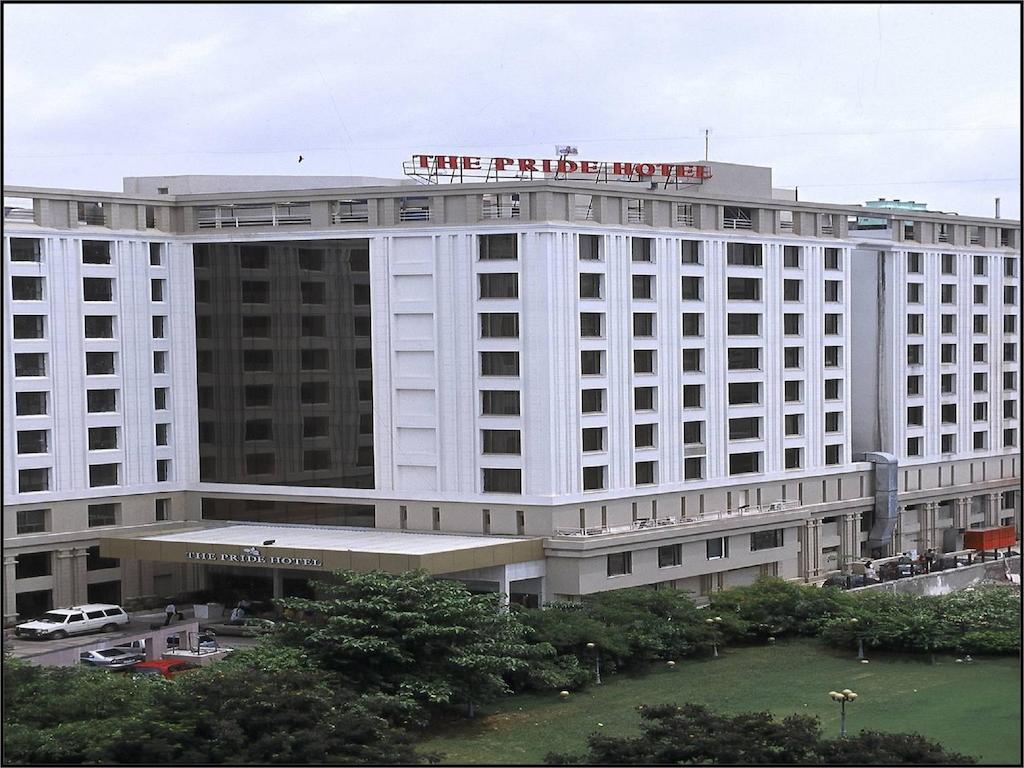 Country holidays Inn and suites Ahmadabad
