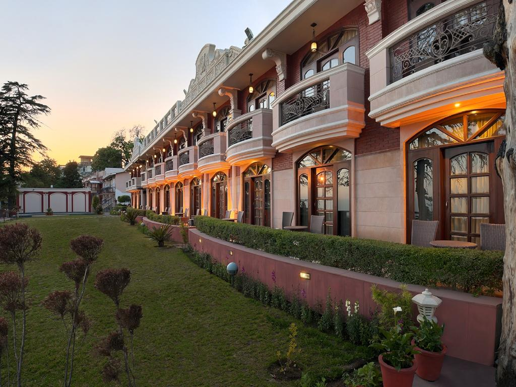 Country holidays Inn and suites Mussoorie