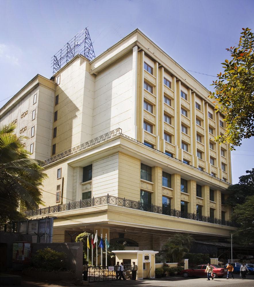 Country holidays Inn and suites Mumbai
