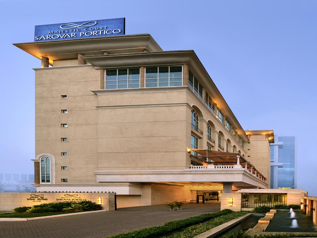 online holiday packages booking at Majestic Court Sarovar Portico
