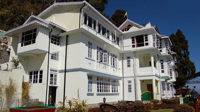 cheap holidays in Darjeeling